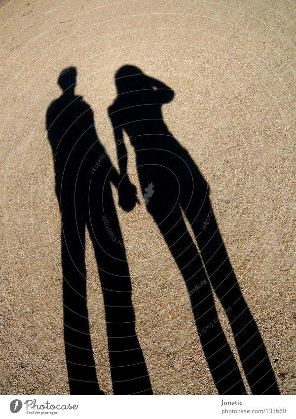 Sandwalk Schattenspiel Sommer Licht dunkel Kontrast hell