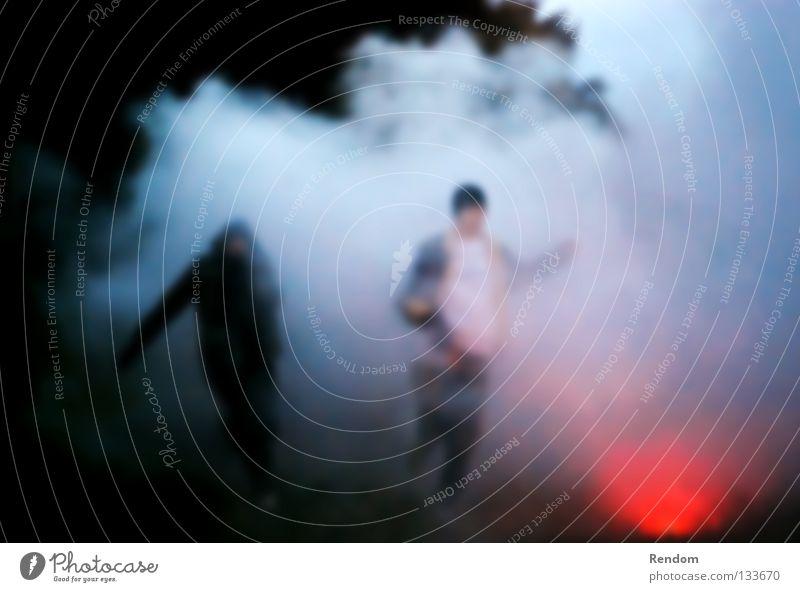 Fireworker? Mann Jugendliche Freude Erwachsene Freiheit Feste & Feiern Angst Freizeit & Hobby laufen frei Geschwindigkeit gefährlich Brand Feuer bedrohlich Rauch