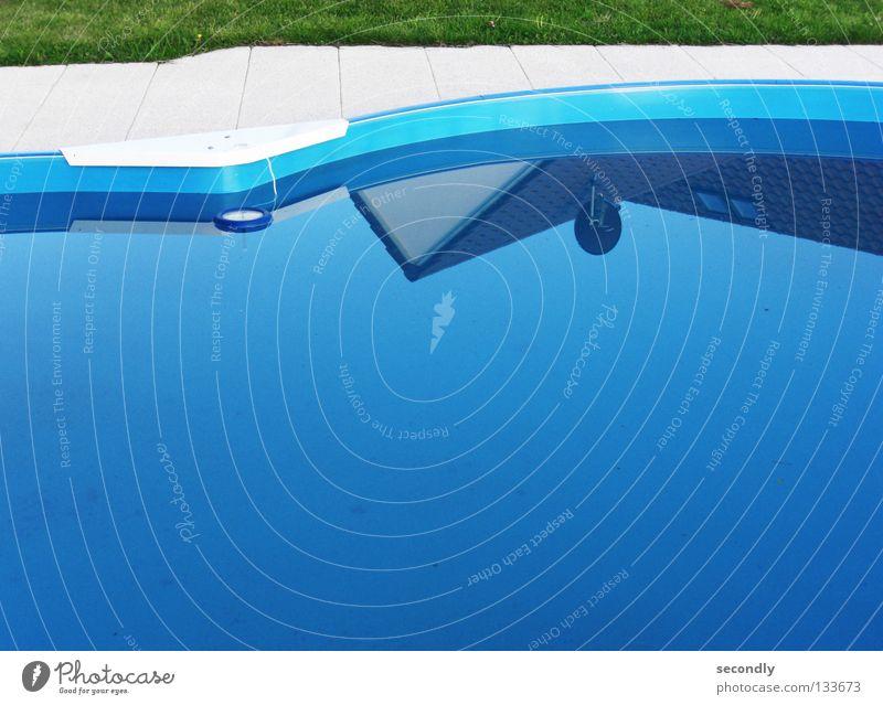 first poolday blau Wasser grün Haus Gras Frühling Schwimmbad Bad Schalen & Schüsseln Satellitenantenne