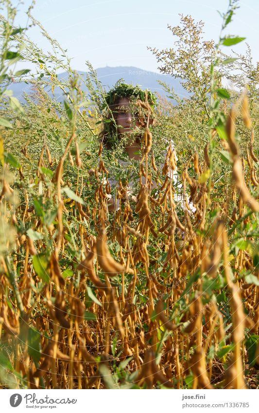 Wiesenkönigin III Natur Jugendliche Pflanze schön Sommer Junge Frau Landschaft Mädchen Frühling feminin träumen Feld 13-18 Jahre Kreativität fantastisch