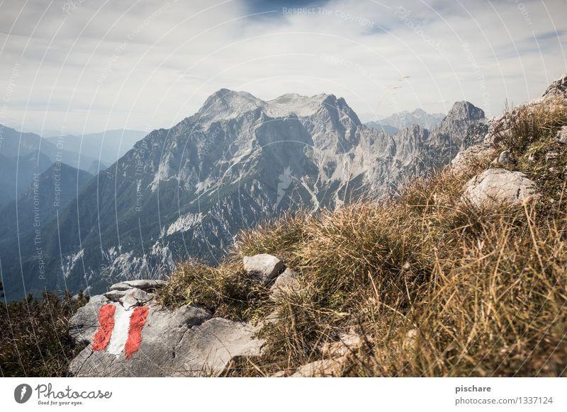 Rot Weiß Rot Natur Landschaft Herbst Felsen Berge u. Gebirge Gipfel Abenteuer Freizeit & Hobby Österreich Nationalpark Gesäuse Farbfoto Außenaufnahme