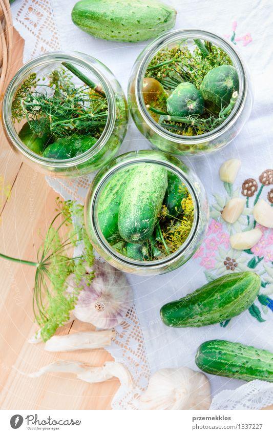 grün Sommer natürlich Garten Lebensmittel frisch Kräuter & Gewürze Gemüse Bioprodukte vertikal Korb Zutaten organisch Knoblauch konservieren Dill