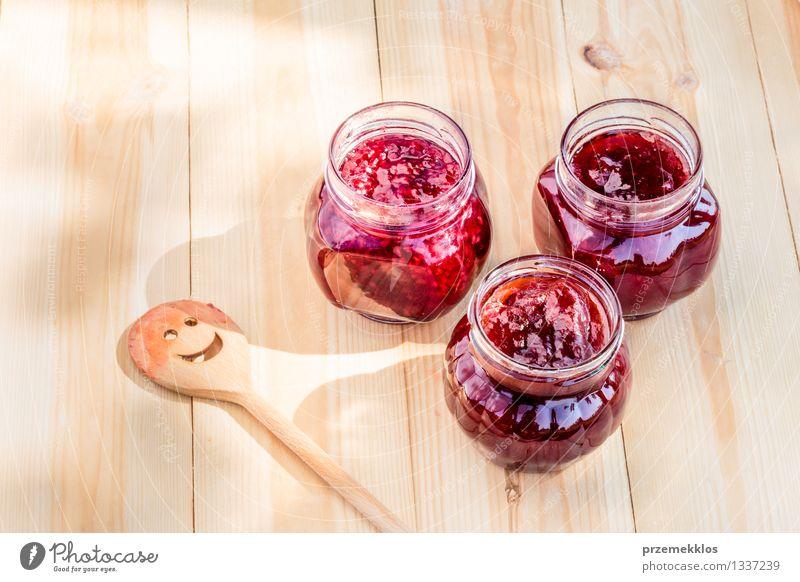Natur Sommer rot natürlich Frucht frisch Ernährung Tisch Kochen & Garen & Backen Jahreszeiten lecker Bioprodukte Frühstück Tradition Erdbeeren Löffel