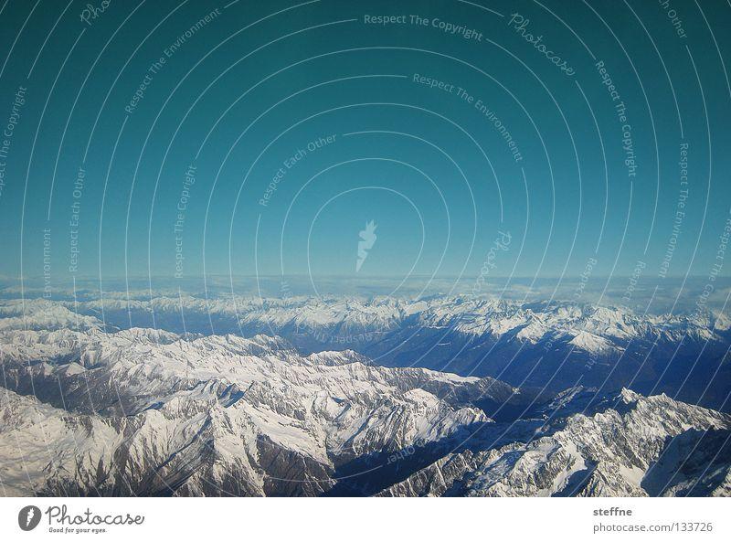 Gipfelstürmer Himmel blau Schnee Berge u. Gebirge Stein Felsen Flugzeug Luftverkehr Alpen Italien Schweiz Skigebiet Graben