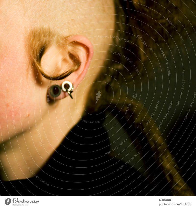 StILl aLivE Jugendliche Kopf Haare & Frisuren Musik Freizeit & Hobby außergewöhnlich Ohr Konzert Locken Tänzer Dynamik gegen Piercing Punkrock Rasieren