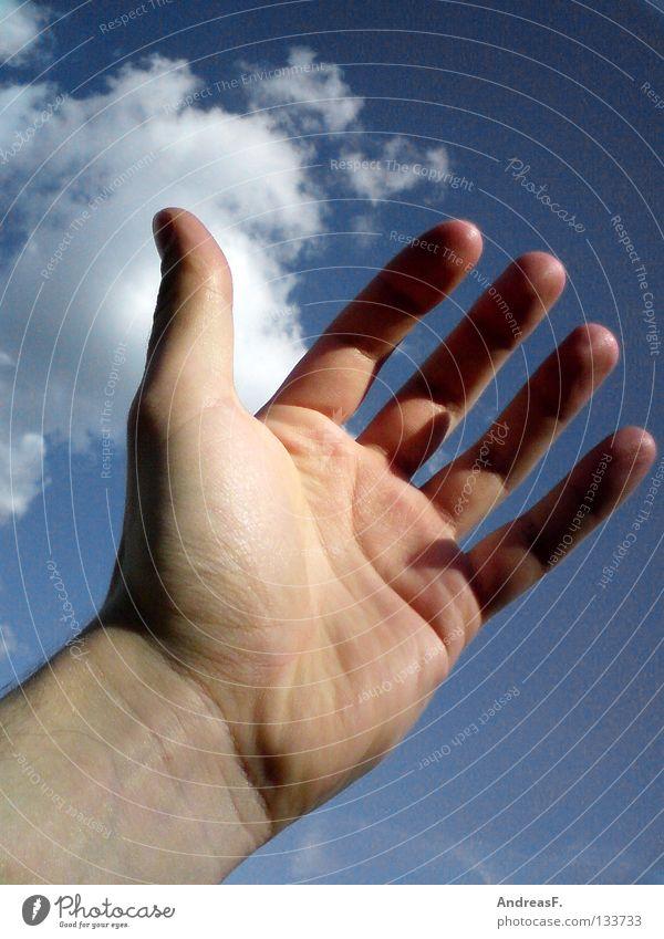 Hallo Sommer! Hand Himmel Freude Ferien & Urlaub & Reisen Wolken Erfolg Finger hoch Sehnsucht fangen 5 Schönes Wetter Applaus Daumen Momentaufnahme