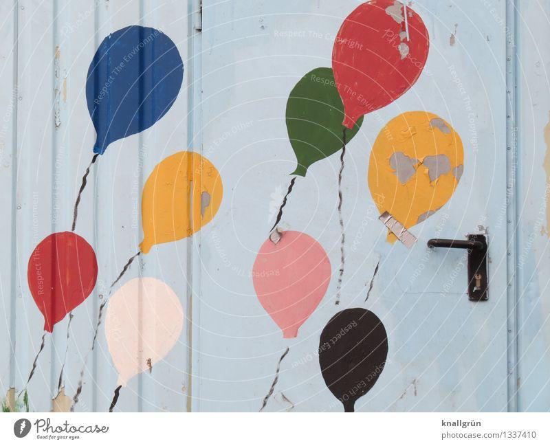 9 Luftballons + 1 Heftpflaster Tür Griff Graffiti fliegen Fröhlichkeit Zusammensein einzigartig rund mehrfarbig Gefühle Stimmung Freude Farbe Kreativität