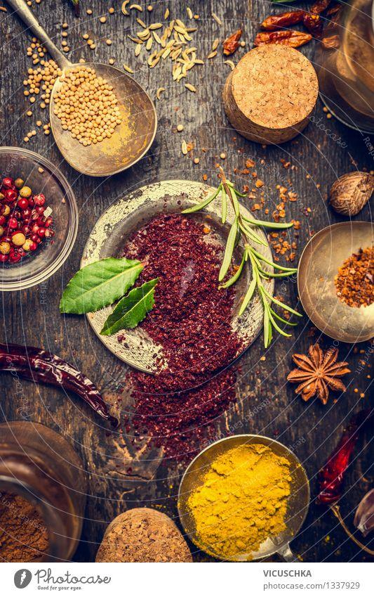 Kräuter und Gewürze Auswahl mit Sumach Natur Gesunde Ernährung gelb Leben Foodfotografie Stil Lebensmittel Design Tisch Kräuter & Gewürze kochen & garen Küche