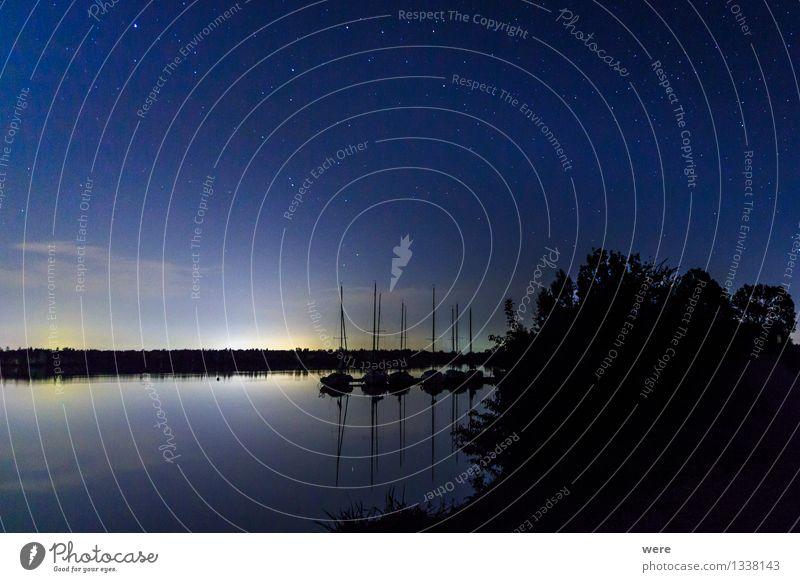 Abends am See Himmel Natur Landschaft Einsamkeit ruhig Umwelt Stern schlafen Schutz Seeufer Sehnsucht Fernweh Geborgenheit Nachthimmel Astronaut Sternschnuppe