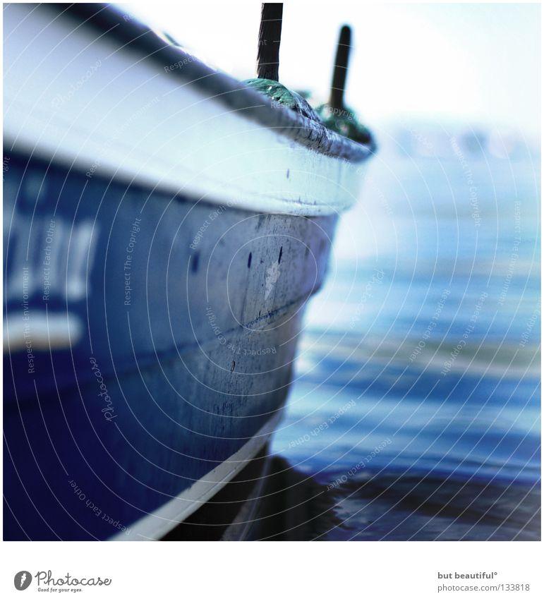 blues° Meer Wasserfahrzeug See Spanien genießen ruhig Rauschen Sommer blau Boot fahren