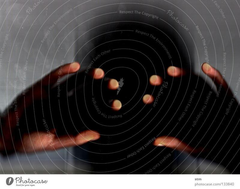 touch 4 Hand berühren Streicheln ruhen ruhig liegen grau Finger edel erfassen sensibel streichen verschwimmen Gefühle Fingerkuppe Fingerabdruck zart