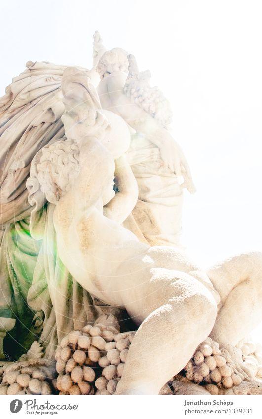 nacksche Kunst Kunstwerk Skulptur Kultur Freude Glück Fröhlichkeit Zufriedenheit Lebensfreude Frühlingsgefühle Kraft Leidenschaft Erotik genießen antik Statue