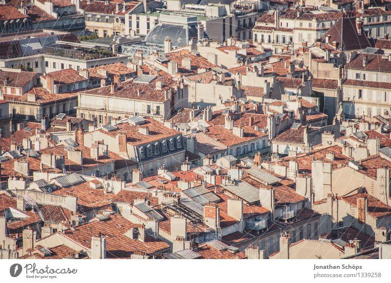 Blick auf Marseille II alt Sommer Stadt rot Haus Ferne Reisefotografie Stadtleben ästhetisch Aussicht Schönes Wetter historisch Dach Skyline Frankreich