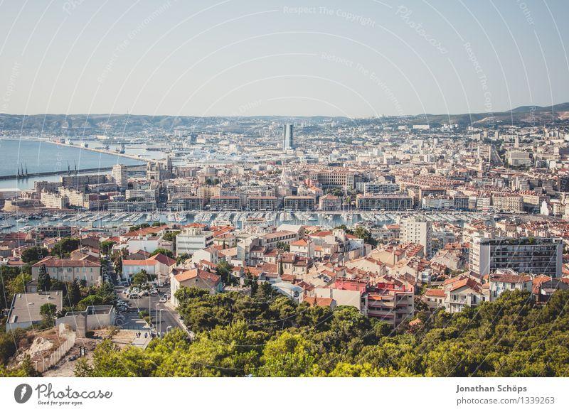 Blick auf Marseille I Stadt Hafenstadt Stadtzentrum Altstadt Skyline bevölkert Haus ästhetisch Zufriedenheit Lebensfreude Optimismus Erfolg Frankreich