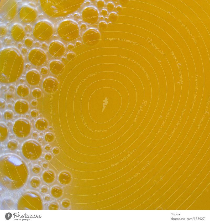 Blubber Bläschen.. Orangensaft Saft Vitamin C Zitrusfrüchte gelb Schaum Saftglas Getränk Konzentration Flüssigkeit süß lecker fruchtig Fruchtfleisch 100