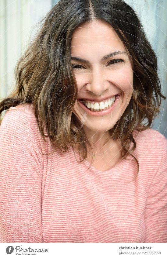 lucky woman elegant Frau Erwachsene 30-45 Jahre Mode brünett langhaarig lachen Fröhlichkeit frisch Gesundheit positiv Erotik Freude Glück Frühlingsgefühle Kraft