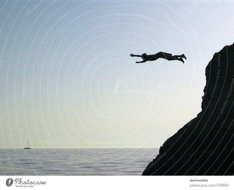 Lemming Mensch Wasser Himmel blau kalt springen Tod Berge u. Gebirge Wasserfahrzeug nass Luftverkehr Coolness Hinterteil Extremsport