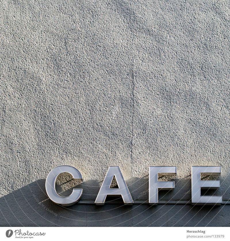 Im Cafe, Kaffee trinken Café Bohnen Buchstaben Wand Schilder & Markierungen Fassade Putz Schriftzeichen aromatisch genießen A E