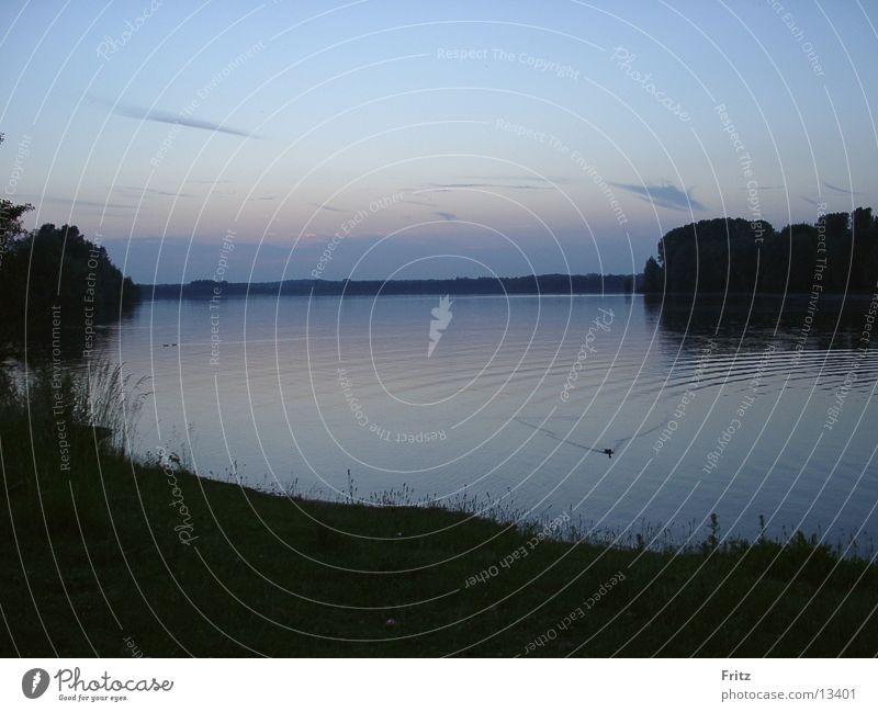 Dunkler See Wasser Stimmung