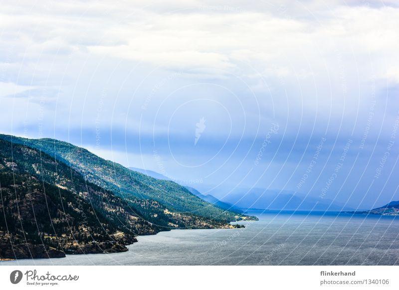 einsame insel Wasser Wolken Horizont Berge u. Gebirge See Okanagan See Kanada British Columbia Nordamerika Menschenleer träumen Ferne Traumstimmung Phantasie