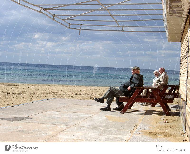 sonnenbad Sonne Meer Ferien & Urlaub & Reisen Senior Menschengruppe