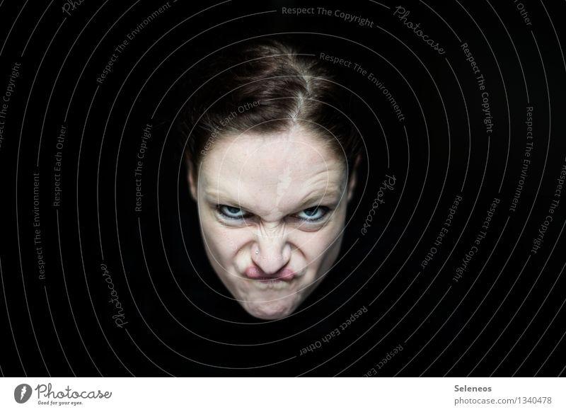 Guten Morgen Montag. Mensch Kopf Haare & Frisuren Gesicht Auge Nase Mund 1 Neid Wut Ärger gereizt Feindseligkeit Frustration trotzig Farbfoto Innenaufnahme