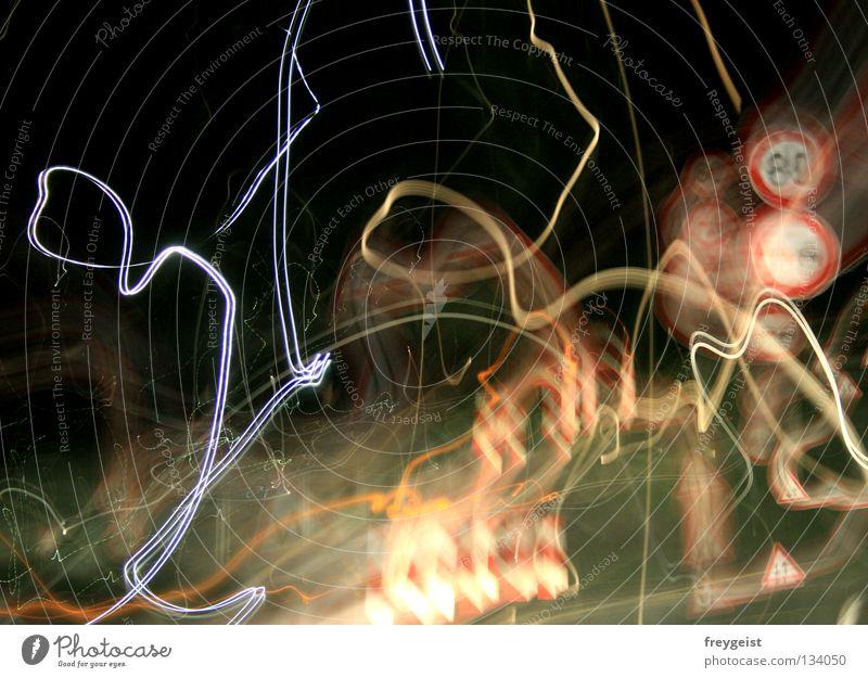 Chaostheorie Farbe Schilder & Markierungen Verkehr Alkoholisiert Verkehrswege chaotisch Nacht durcheinander Rausch Adjektive Verkehrszeichen Theorie