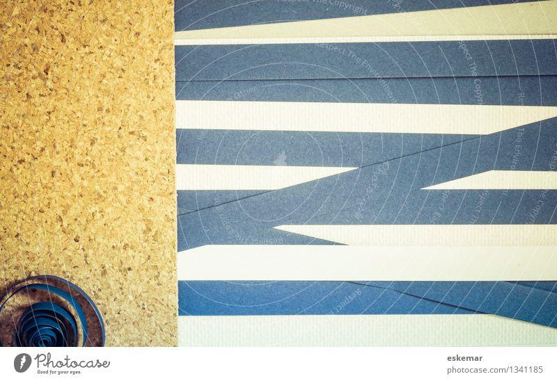 Quilling Hintergrund blau weiß braun Papier Streifen Basteln Kork