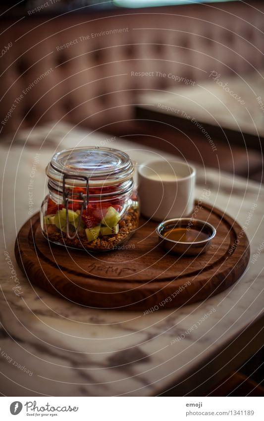 breakfast Joghurt Frucht Getreide Ernährung Frühstück Büffet Brunch lecker süß Müsli Farbfoto Innenaufnahme Menschenleer Tag Schwache Tiefenschärfe