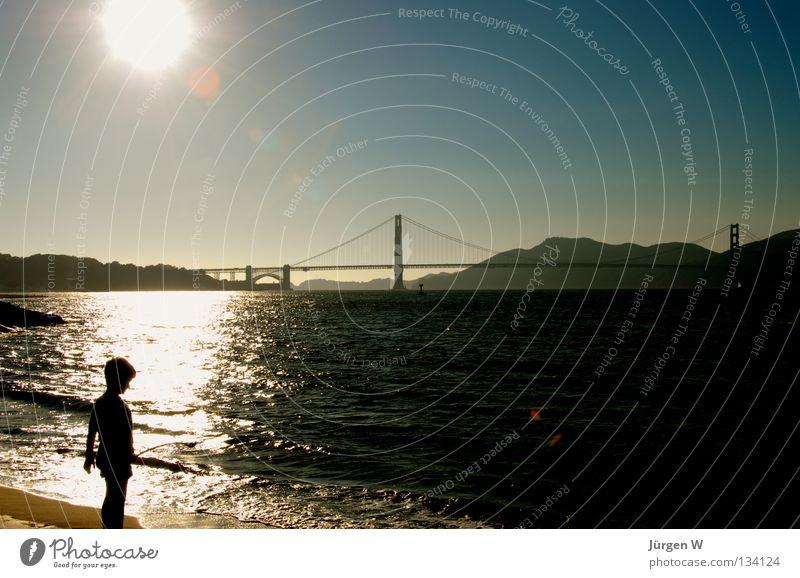 San Francisco Bay Amerika Golden Gate Bridge Sonnenuntergang Kind Meer Strand Gegenlicht USA Küste Cild Wasser Water Sea