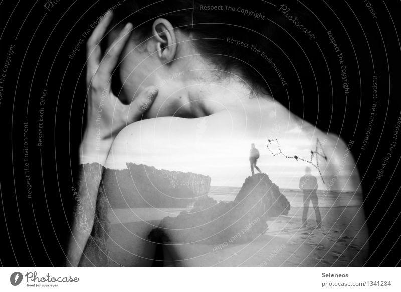 damals Abenteuer Ferne Freiheit Mensch feminin Frau Erwachsene Körper Haut Kopf Haare & Frisuren Ohr Rücken Arme Hand 2 Felsen Küste Meer Gefühle Sehnsucht