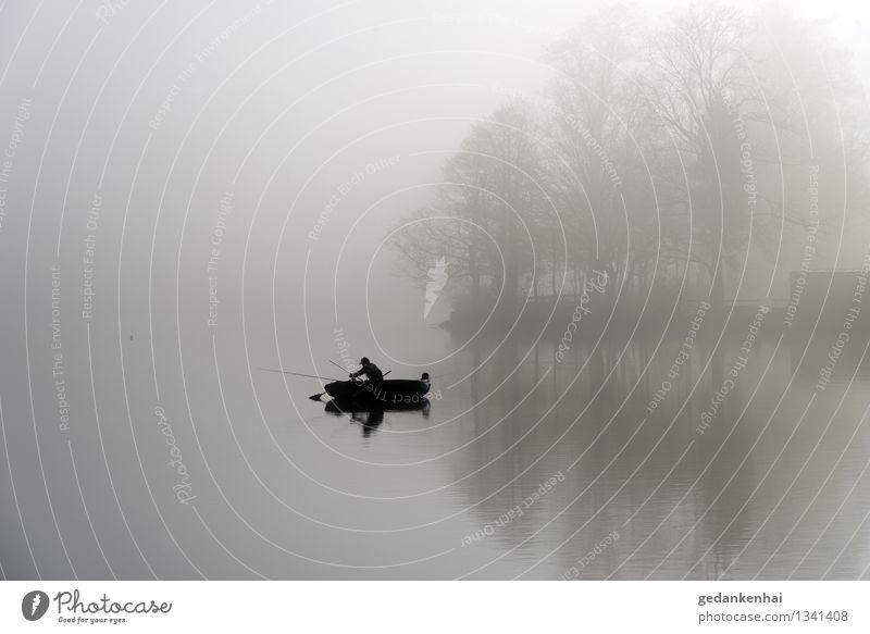 Fischer Ferien & Urlaub & Reisen Wasser Erholung Einsamkeit Landschaft ruhig Freude Umwelt Herbst Glück See Zufriedenheit Freizeit & Hobby Tourismus