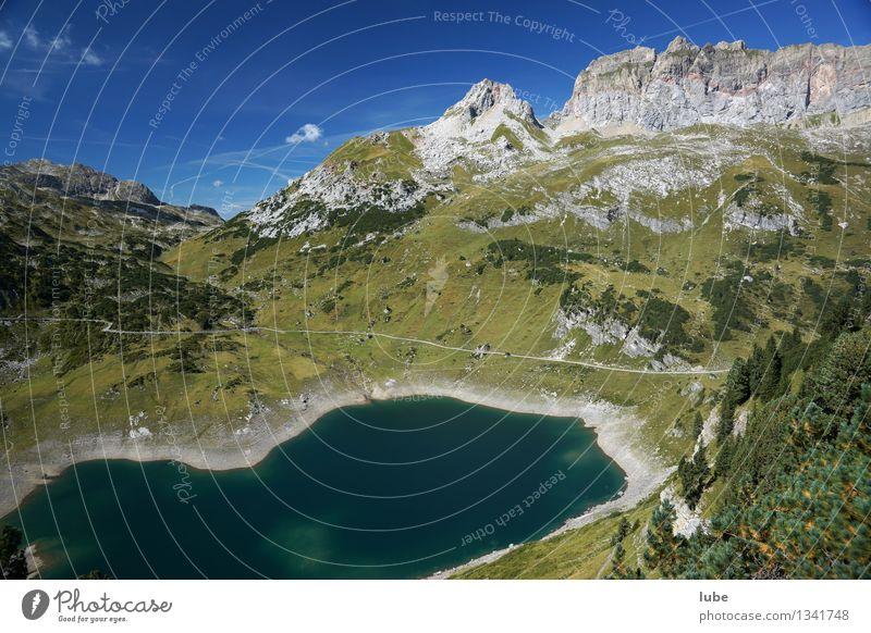 Formarinsee Natur Ferien & Urlaub & Reisen Sommer Wasser Landschaft Berge u. Gebirge Umwelt See Felsen Tourismus wandern Ausflug Klima Schönes Wetter Gipfel