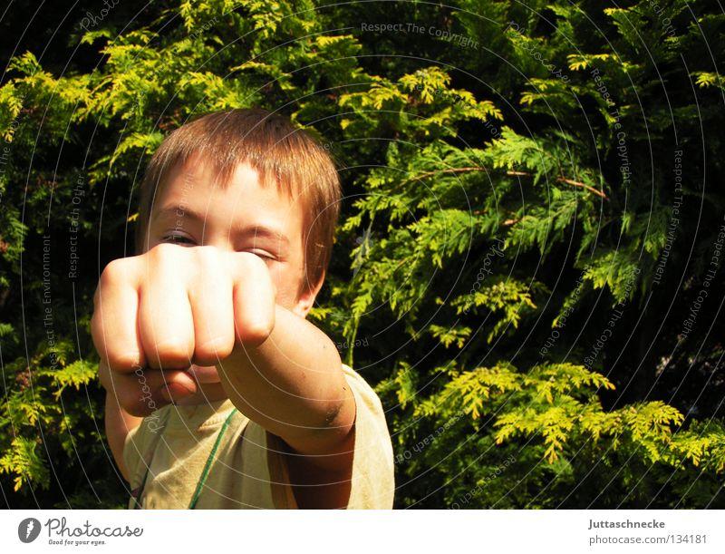 Cassius Clay Kind Hand Junge Garten Kommunizieren stark Lautsprecher kämpfen schlagen Faust Kampfsport Boxer