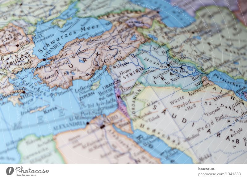 krisenreich. Ferien & Urlaub & Reisen Stadt Meer Ferne Bewegung Linie Tourismus Zukunft Europa Hilfsbereitschaft Wandel & Veränderung Hoffnung Sicherheit Asien Afrika Hauptstadt