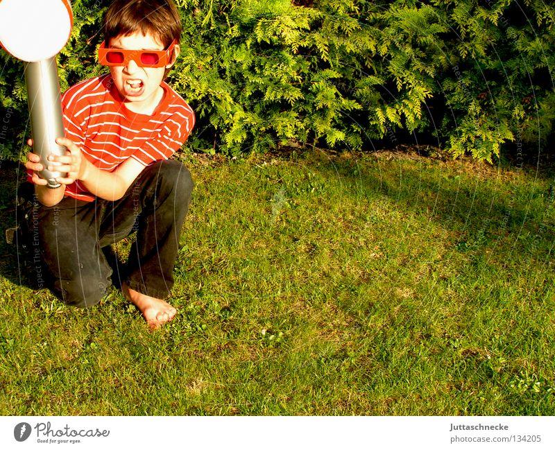 Hammerhart Junge dumm Kind Gummihammer aufblasbar rot grün ungefährlich Spielzeug blasen Spielen Zickzack Brille Sonnenbrille Achtziger Jahre Kraft Handwerk