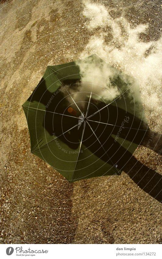 heiter bis wolkig Himmel grün Wolken Asphalt Regenschirm analog Doppelbelichtung Republik Irland