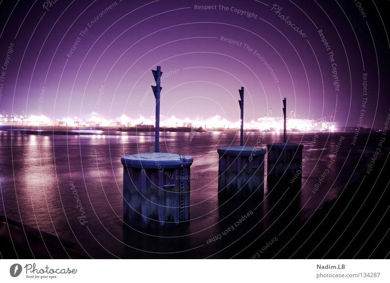 THREE-DOCK Hamburg violett Hafen Dock
