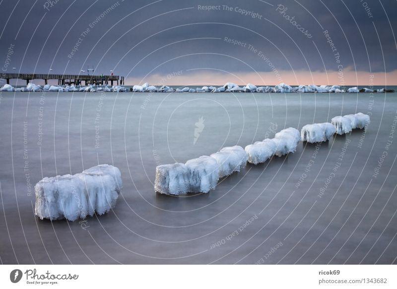 Ostseeküste Natur Ferien & Urlaub & Reisen Wasser Meer Landschaft ruhig Wolken Strand Winter kalt Küste Schnee Stein Eis Wetter Tourismus