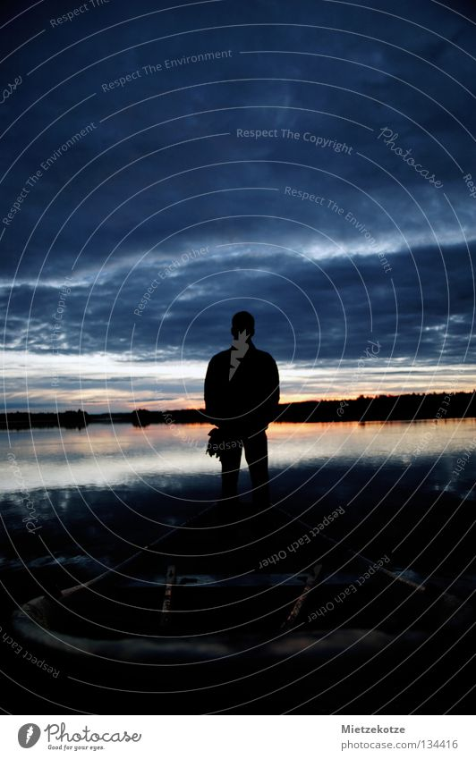 Fernweh Finnland Ferien & Urlaub & Reisen Sonnenuntergang Nacht Silhouette Wasserfahrzeug See Sehnsucht Wolken Sommer Frieden Himmel warten Norden