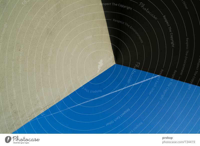 Kratzer am Eck Himmel Wolken Linie Flugzeug Luftverkehr Vertrauen Geometrie graphisch Kondensstreifen
