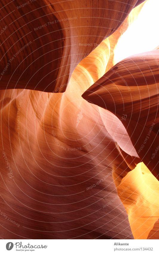 Brennpunkt Natur alt Sonne rot Ferien & Urlaub & Reisen gelb Gefühle Stein Sand hell Brand elegant USA Fluss Wüste Klarheit