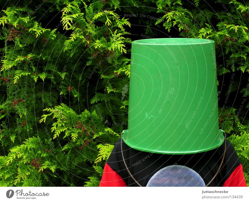 Verdunklungsgefahr dunkel Sicherheit Kommunizieren geheimnisvoll verstecken Versteck Eimer Tarnung kopflos Kübel aufsetzen