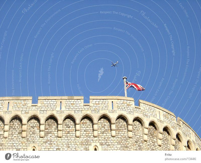 Home of the Queen. Himmel Europa Burg oder Schloss Fahne Union Jack Windsor