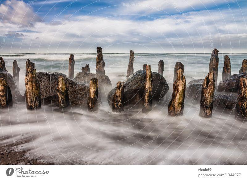 Ostseeküste Natur Ferien & Urlaub & Reisen alt blau Wasser Meer Landschaft Wolken Strand Küste Stein Felsen Tourismus Wellen Sturm