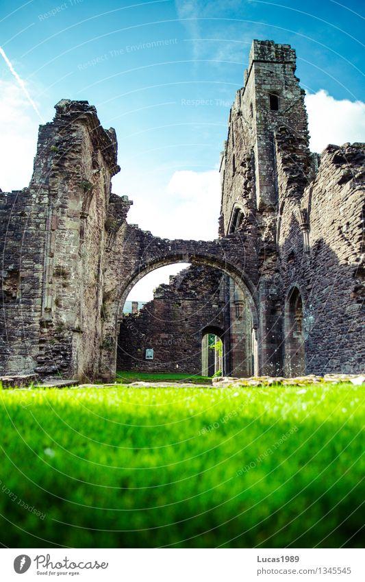 Wales steckt voller Geheimnisse Ferien & Urlaub & Reisen Tourismus Ausflug Ferne Freiheit Himmel Sommer Schönes Wetter Gras Garten Park Wiese Llanthony Priory