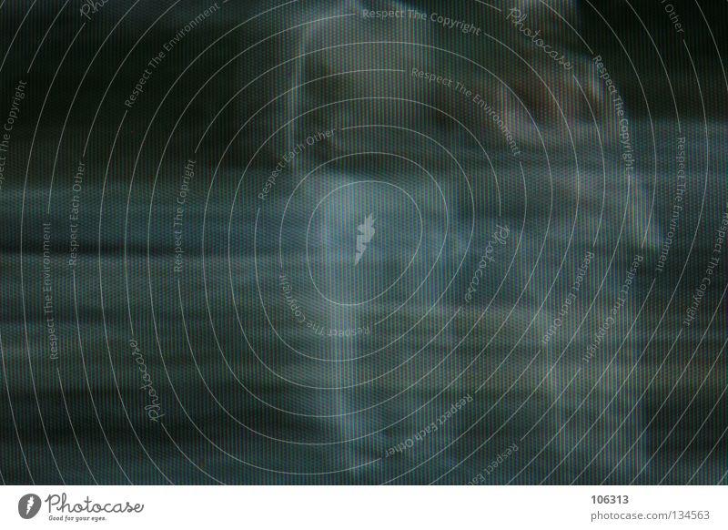 [PRGB.01] ENDLICHKEIT Frau Mensch Mann Tod warten gehen mehrere stehen Fernsehen Vergänglichkeit historisch tief Geister u. Gespenster vergessen Sinn
