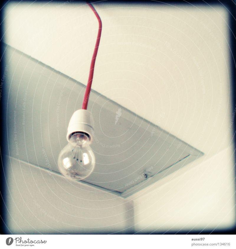 Da gehn'se besser nich' hoch. schemenhaft Raster Muster analog Sucher Licht Lampe hell Erkenntnis Glühdraht Glühbirne Deckenlampe Flur Elektrisches Gerät