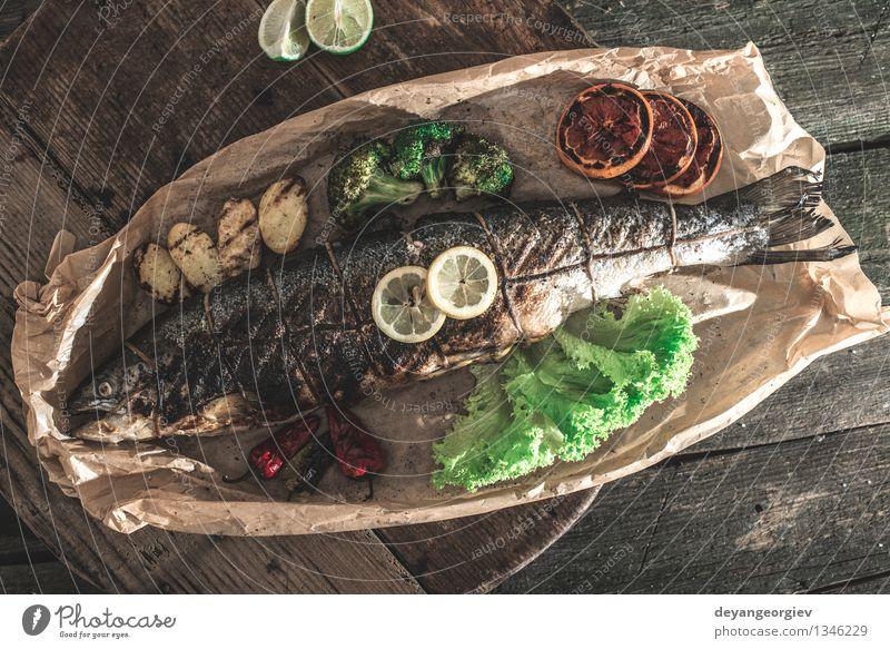 grün weiß Speise Kochen & Garen & Backen Papier Seil Gemüse Teller Mahlzeit Abendessen Mittagessen Zitrone Möhre organisch Steak Feinschmecker