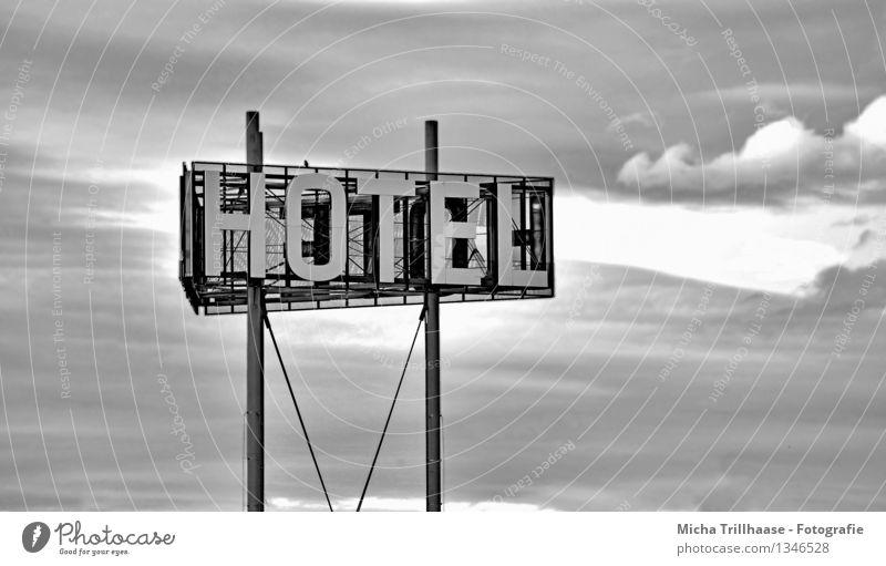 Zum Hotel Himmel Ferien & Urlaub & Reisen weiß Erholung Wolken schwarz Business Tourismus Schilder & Markierungen Hinweisschild schlafen Dienstleistungsgewerbe